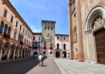 Crema - Piazza Duomo